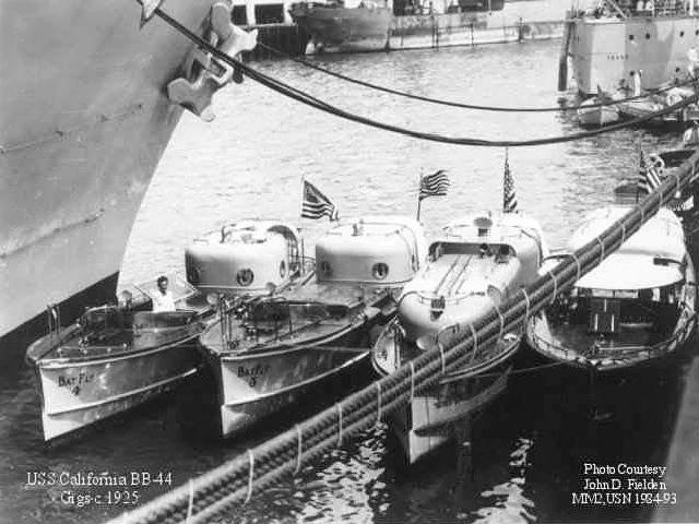 Click image for larger version.  Name:1. 0 3 USS California Admiral's gigs tied up alongside USS California 1925.jpg Views:2 Size:119.6 KB ID:3675051