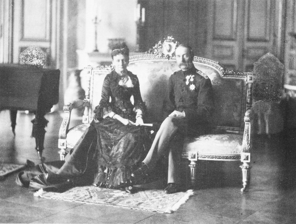 Click image for larger version.  Name:1. 1 1 2 1 King Christian IX of Denmark and Queen Louise.jpg Views:1 Size:159.1 KB ID:3645381