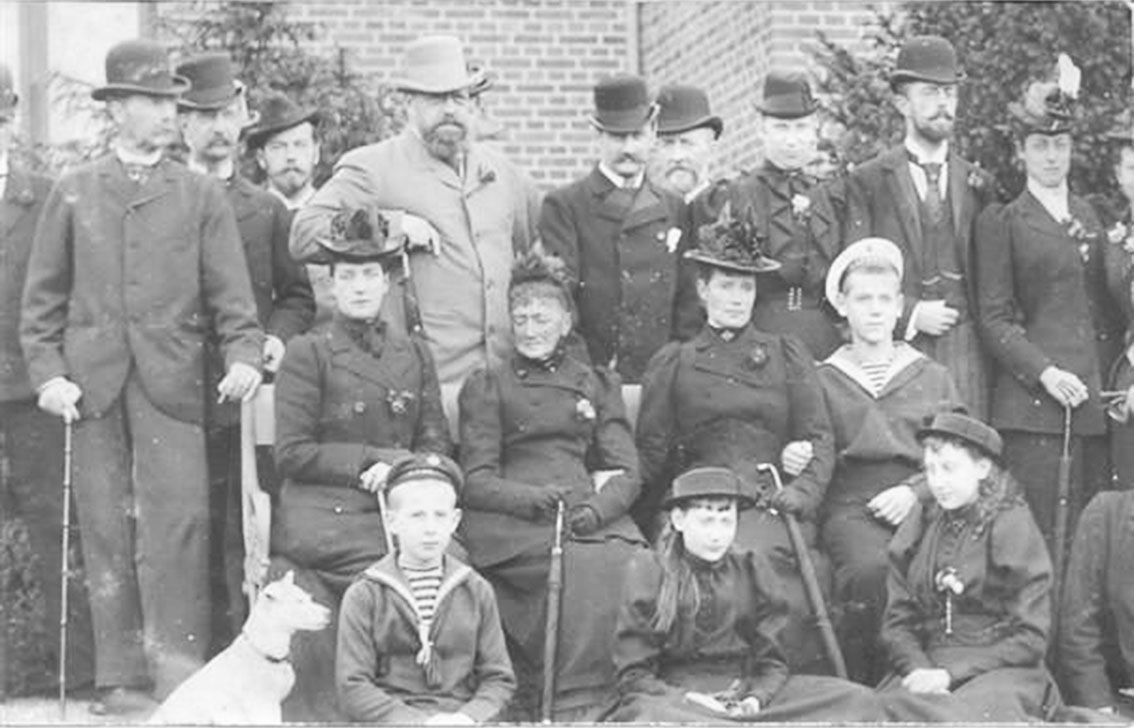Click image for larger version.  Name:1. 1 1 2 King Christian IX of Denmark Children, spouses and grandchildren of King Christian IX.jpg Views:1 Size:130.8 KB ID:3645389