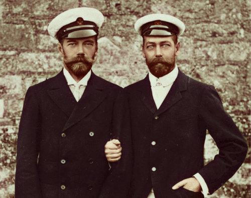 Click image for larger version.  Name:1. 1 1 4 0 1 WW1 two cousins, Tsar Nicholas II and George V of Great Britain.jpg Views:80 Size:36.9 KB ID:3646055