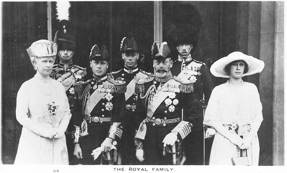 Click image for larger version.  Name:1. 1 1 4 0 2 1 king george v and family.jpg Views:1 Size:298.2 KB ID:3646057