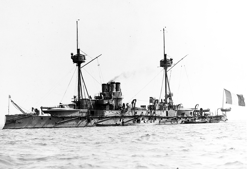 Click image for larger version.  Name:1. 1 1 7 2 0 5 3 Northern Fleet cuirasse Requin 1892 in Britain.jpg Views:1 Size:169.5 KB ID:3648153