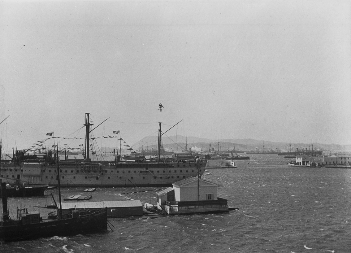 Click image for larger version.  Name:1. 1 1 7 2 2 1 Baltic fleet 1 and French ships in Toulon 1893 1.jpg Views:1 Size:458.7 KB ID:3648895