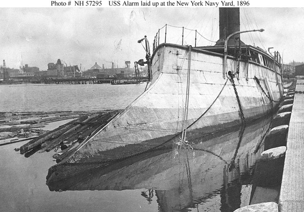 Click image for larger version.  Name:1.1. 2 1 0 0 5 USS Alatm 2.jpg Views:2 Size:136.2 KB ID:3676805