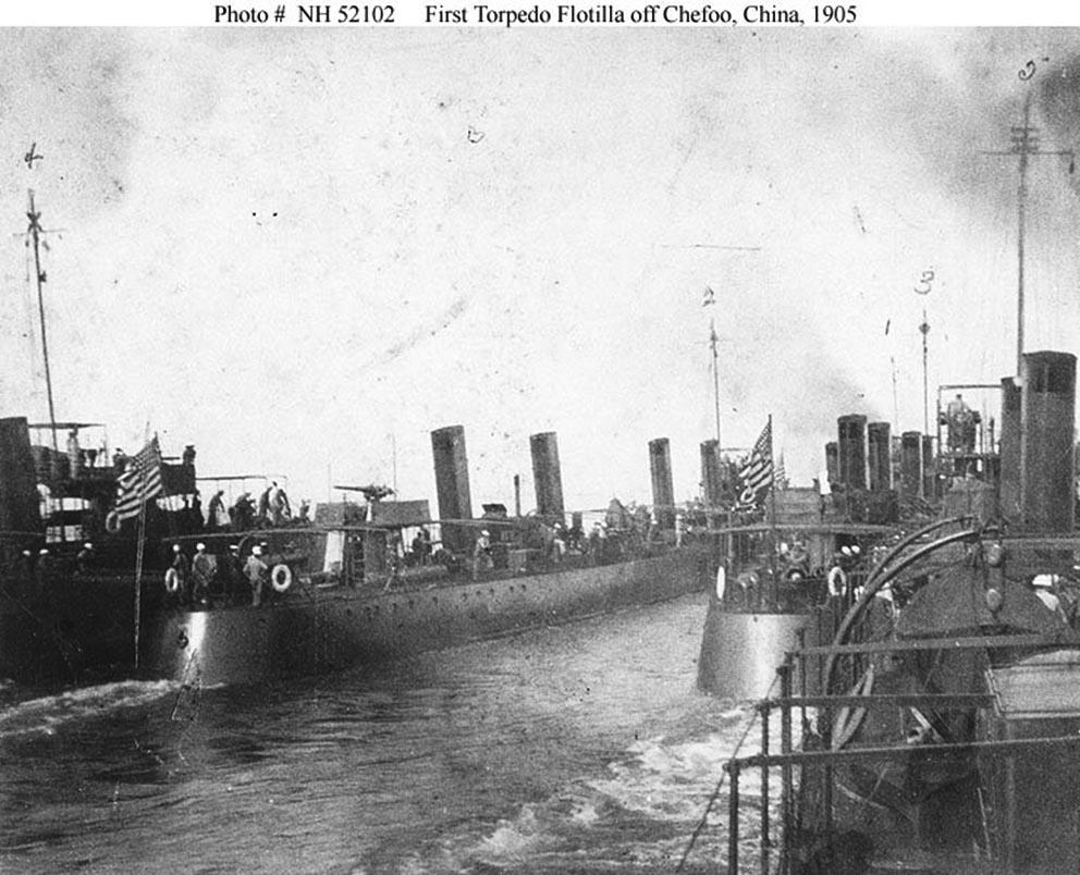 Click image for larger version.  Name:1.1. 2 1 1 USS Bainbridge (DD-1) First Torpedo Flotilla.jpg Views:2 Size:147.8 KB ID:3677533