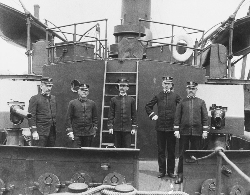 Click image for larger version.  Name:1.1. 2 2 1 0 1 Ram USS Katahdin Ship's officers pose with her 6 pounder battery, circa 1898.jpg Views:1 Size:162.9 KB ID:3678037
