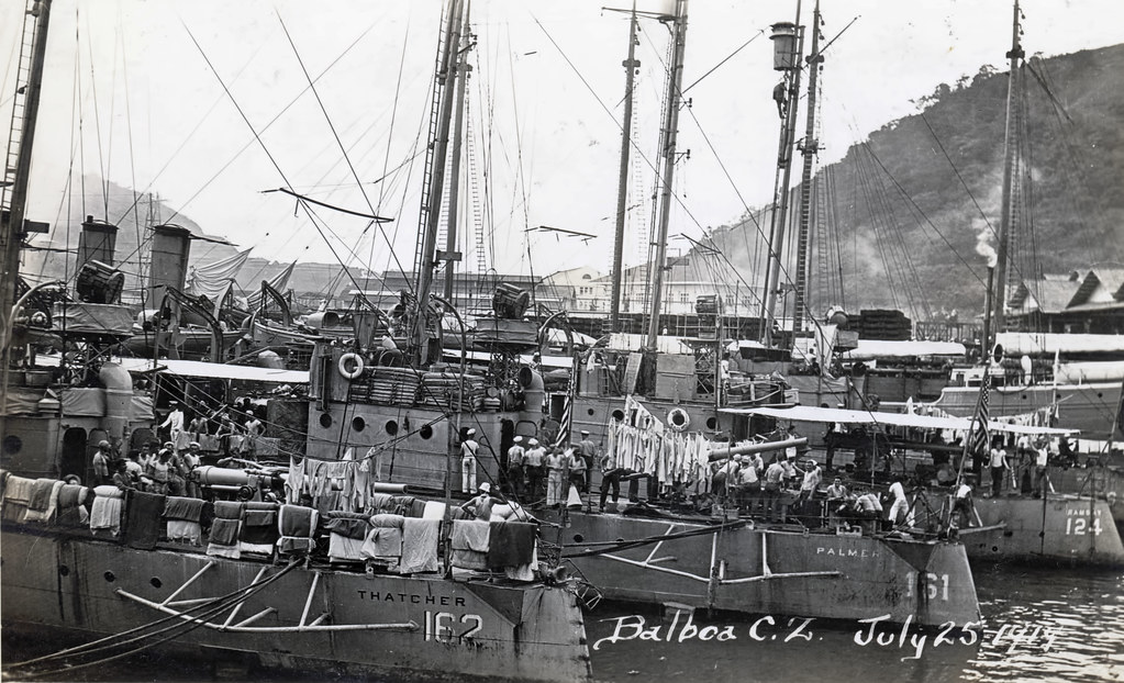 Click image for larger version.  Name:1.1. 2 2 3 1 Wickes class destroyers in Balboa 1919.jpg Views:1 Size:211.5 KB ID:3678777