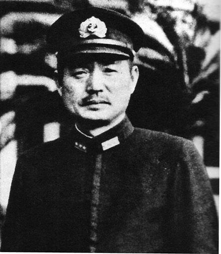 Click image for larger version.  Name:1.1. 2 2 4 11 1 Captain Sasaki Hankyu.jpg Views:55 Size:64.0 KB ID:3679467