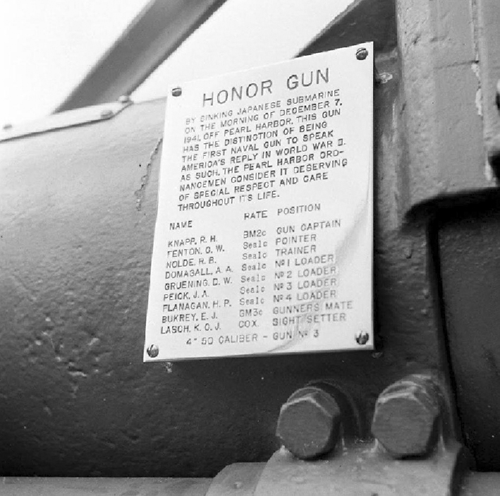 Click image for larger version.  Name:1.1. 2 2 4 30 3 USS Ward DD-139 Gun-Plaque 1.jpg Views:1 Size:267.4 KB ID:3680319