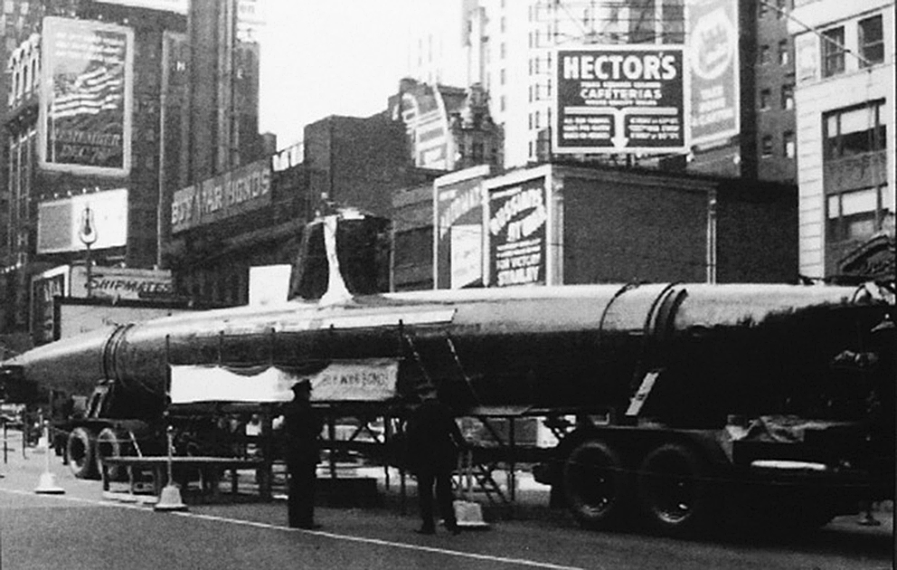 Click image for larger version.  Name:1.1. 2 2 4 34 1 HA-19 in New York City on May 2, 1943.jpg Views:1 Size:320.5 KB ID:3681223