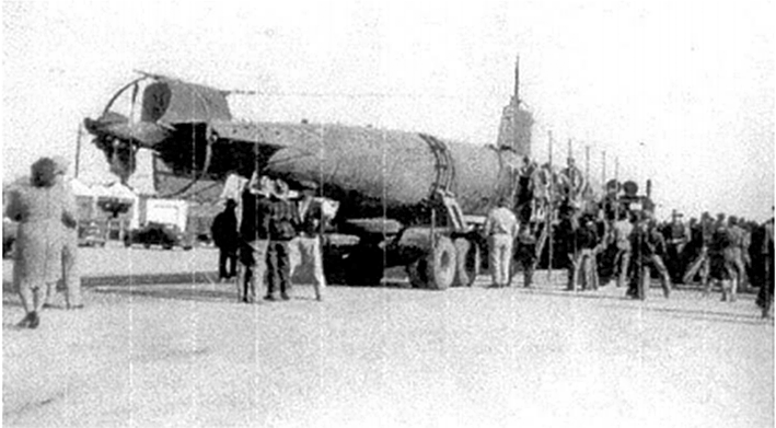 Click image for larger version.  Name:1.1. 2 2 4 34 3 HA-19 7 6 East Mountain residents view captured Japanese submarine parked on the.png Views:1 Size:178.2 KB ID:3681637