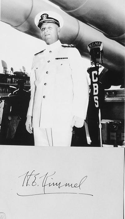 Click image for larger version.  Name:1.1. 2 2 4 7 7 Admiral Husband Edward Kimmel.jpg Views:1 Size:49.3 KB ID:3679459