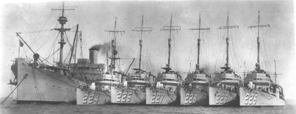 Click image for larger version.  Name:1.1. 2 2 5 Clemson-class destroyers.jpg Views:1 Size:180.9 KB ID:3682319