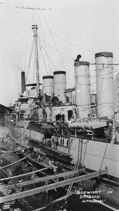 Click image for larger version.  Name:1.1. 2 6 5 Clemson Class Destroyer, USS Stewart (DD-224) Torpedo Tubes.jpg Views:1 Size:103.5 KB ID:3682367