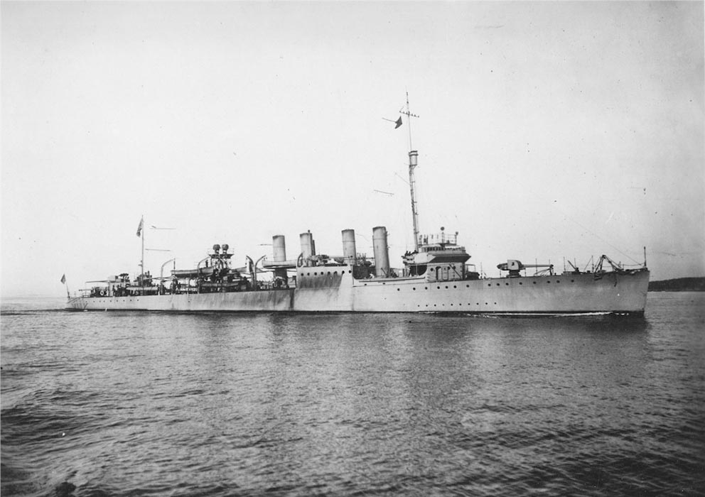 Click image for larger version.  Name:1.1. 2 8 1 USS Hatfield (DD-231) 1.jpg Views:1 Size:99.5 KB ID:3682375