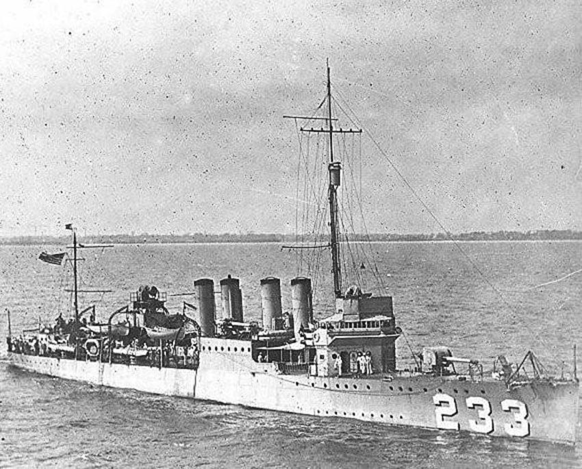 Click image for larger version.  Name:1.1. 2 8 3 USS Gilmer (DD-233) 1.jpg Views:1 Size:152.7 KB ID:3682381