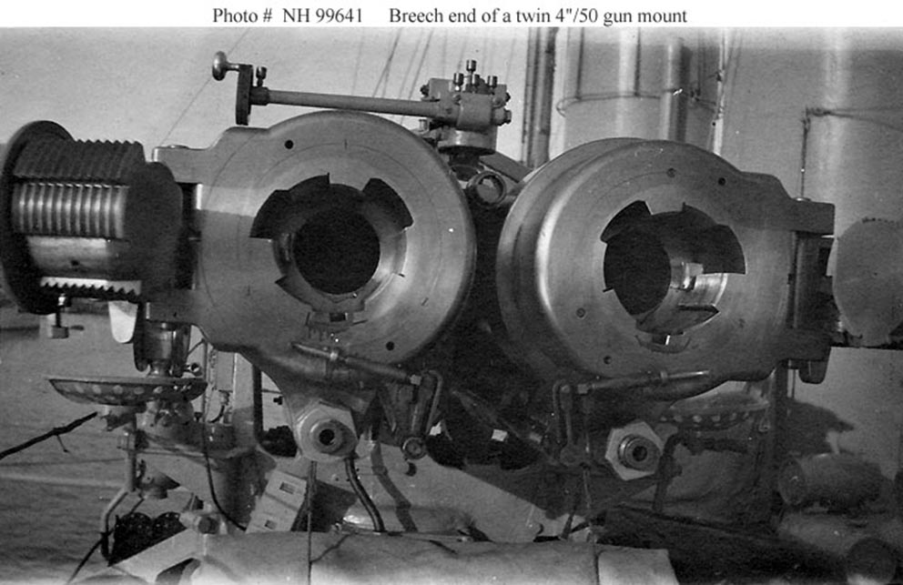 Click image for larger version.  Name:1.1. 2 8 9 USS Long Twin 4in 50 Gun Mount.jpg Views:2 Size:106.3 KB ID:3682409
