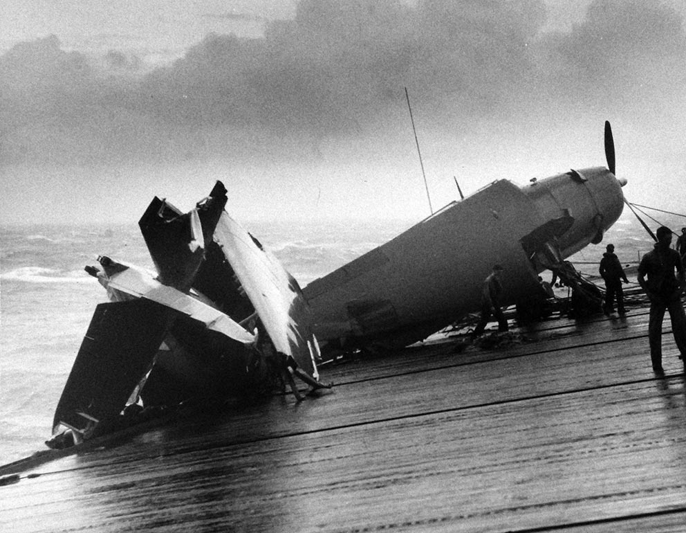 Click image for larger version.  Name:1.1. 3 0 5 3 Typhoon Cobra destroyed plane on board USS Anzio (CVE 27).jpg Views:3 Size:154.0 KB ID:3682975