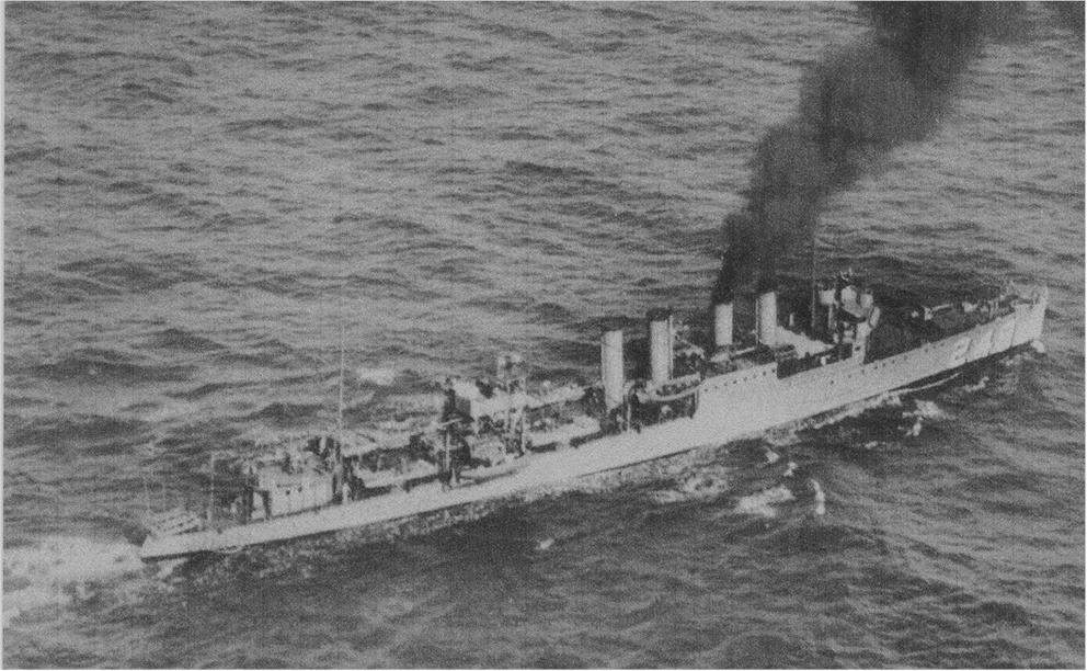 Click image for larger version.  Name:1. 1 6 DesRon 14 USS Hopkins (DD-249) 1923.jpg Views:2 Size:447.1 KB ID:3675613