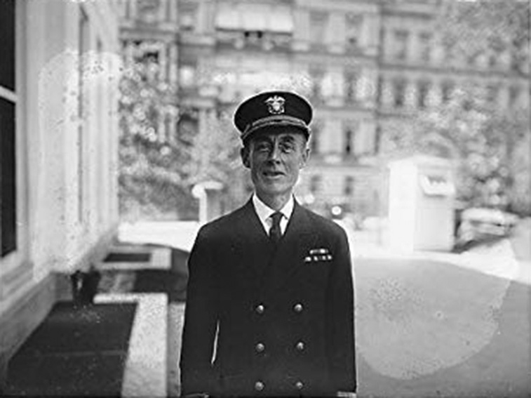 Click image for larger version.  Name:1. 2 Melville Admiral S.E.W. Kittelle .jpg Views:2 Size:95.9 KB ID:3675617