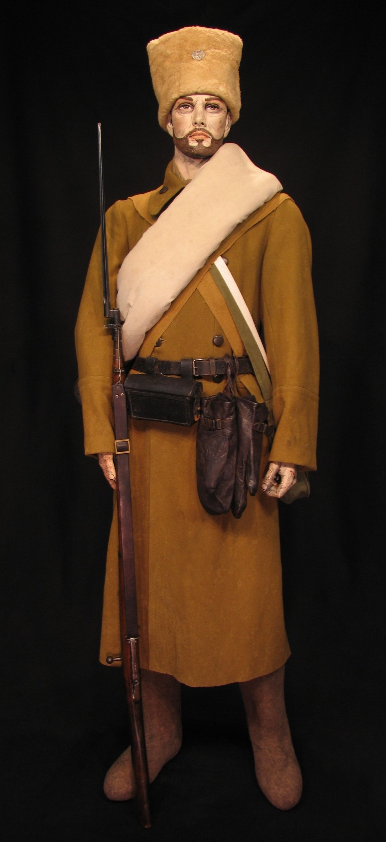 1-Czech Legion Winter Dress c 1916-1920 01R.jpg