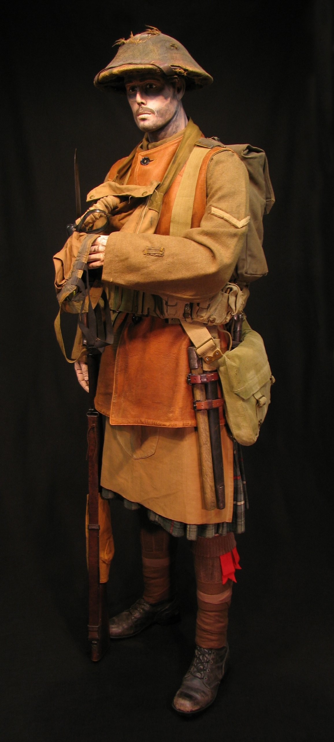 Click image for larger version.  Name:12-Seaforth Highland Infantry circa 1916-18 12R.jpg Views:2 Size:303.1 KB ID:770207