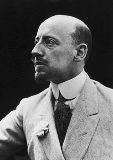 Click image for larger version.  Name:2.3.2. 1 15 5 Irredenta patriotic poet Gabriele D'Annunzio 1.jpg Views:40 Size:54.9 KB ID:3654975