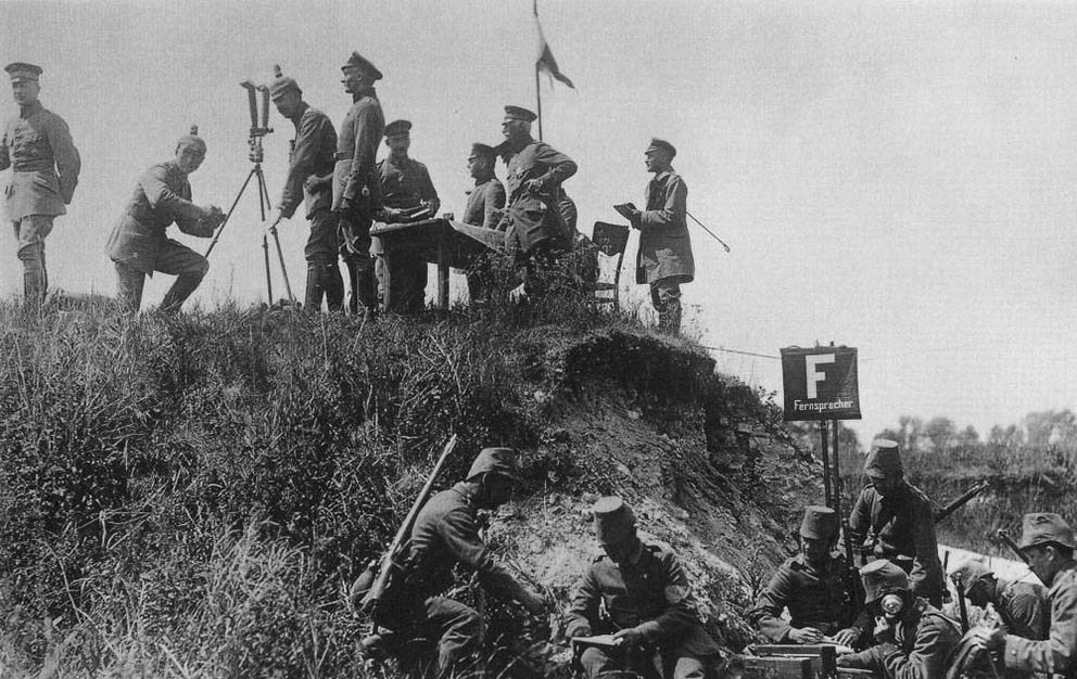 Click image for larger version.  Name:2.3.2. 10 1 General der Infanterie Otto Ernst Vinzent Leo von Below field observation post.jpg Views:1 Size:143.5 KB ID:3655625