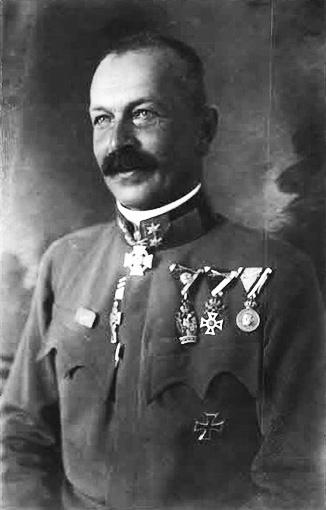 Click image for larger version.  Name:2.3.2. 10 7 Generalleutnant Ferdinand Kosak.jpg Views:51 Size:70.4 KB ID:3655633