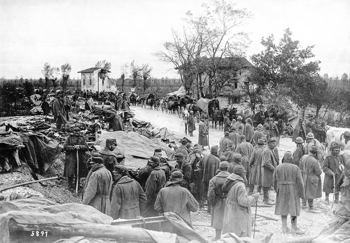Click image for larger version.  Name:2.3.2. 11 Italian troops retreating.jpg Views:1 Size:411.5 KB ID:3655649