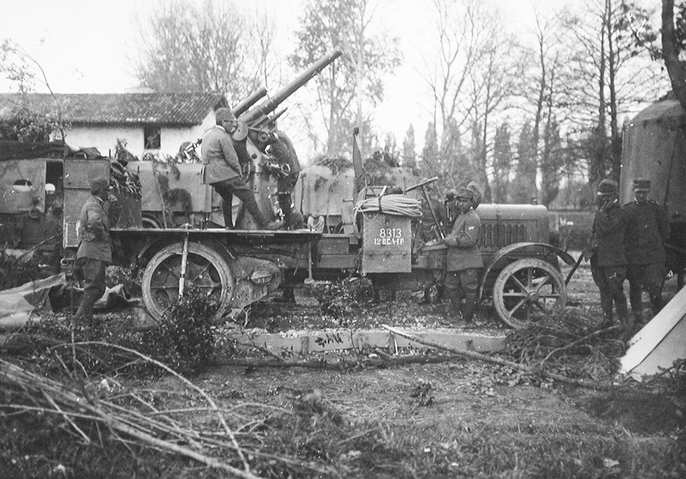 Click image for larger version.  Name:2.3.2. 16 3 Italian self-propelled 75mm AA-gun.jpg Views:1 Size:480.9 KB ID:3655691