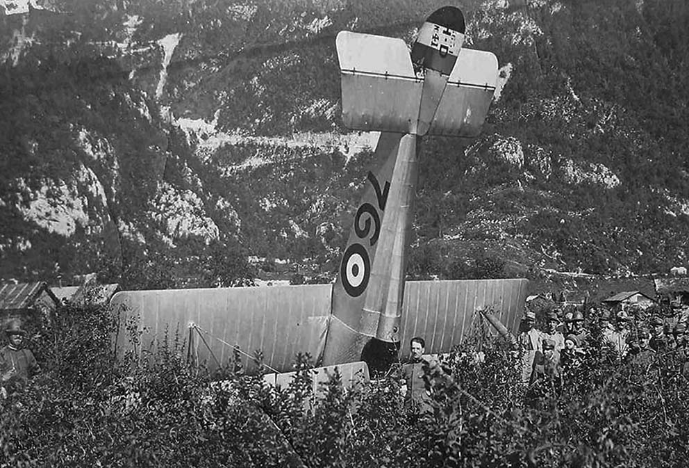Click image for larger version.  Name:2.3.2. 16 7 Caporetto Italian Hanriot Macchi HD 1 crashed.JPG Views:1 Size:176.4 KB ID:3655697