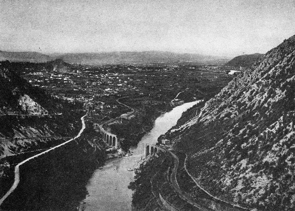 Click image for larger version.  Name:2.3.2. 3 11 Isonzo River Görz brifge over the Isonzo.jpg Views:1 Size:166.3 KB ID:3655001