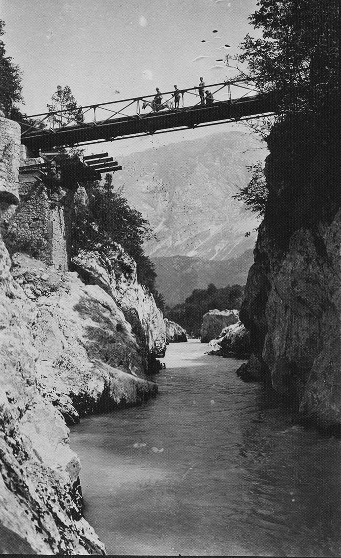 Click image for larger version.  Name:2.3.2. 8 12th Isonzo Battle Isonzo gorge in Caporetto and the bridge that was blown up by the re.JPG Views:1 Size:210.4 KB ID:3655607
