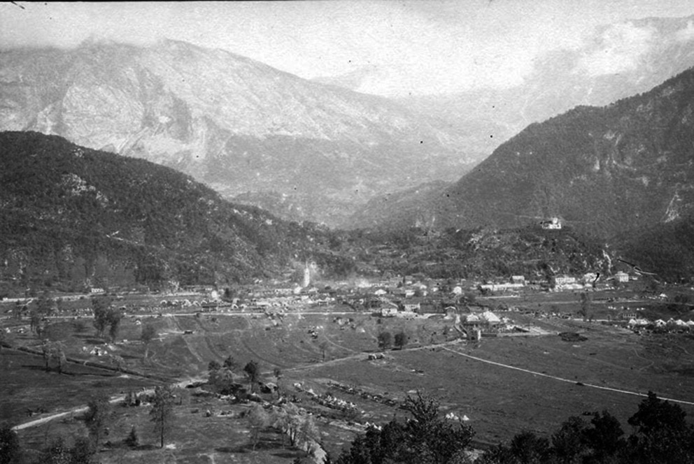 Click image for larger version.  Name:2.3.2. 8 12th Isonzo Battle  village of Caporetto.jpg Views:1 Size:175.6 KB ID:3655605