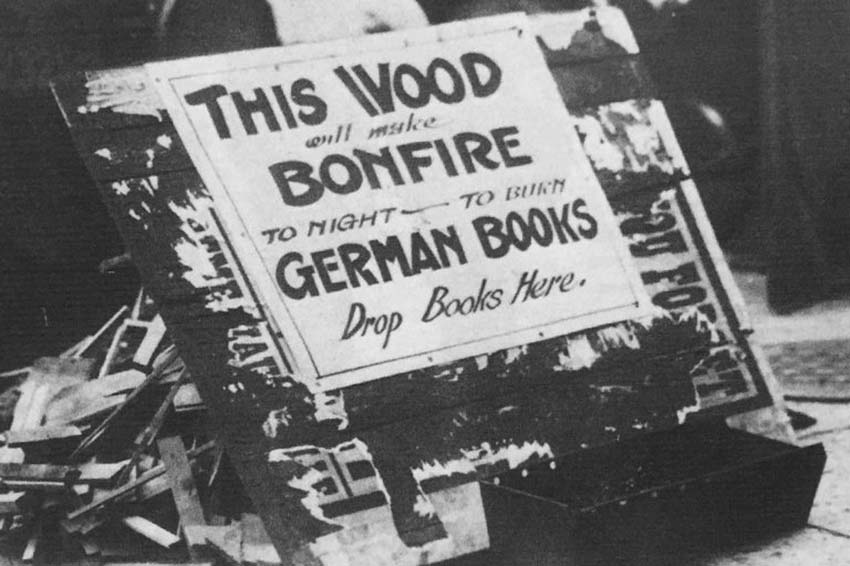 Click image for larger version.  Name:2.4.3. 12 30 collecting German-language books for burning.jpg Views:1 Size:80.9 KB ID:3667963