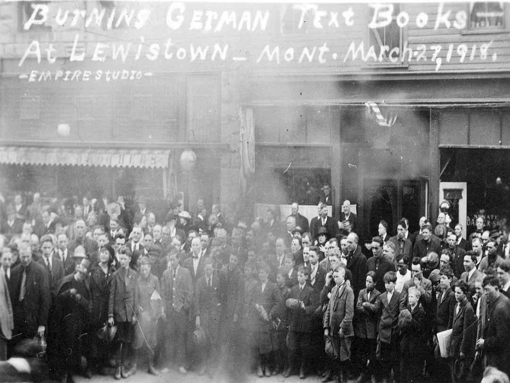 Click image for larger version.  Name:2.4.3. 12 4 A Lewistown mob burns the high school's German textbooks in 1918..jpg Views:1 Size:230.8 KB ID:3667361