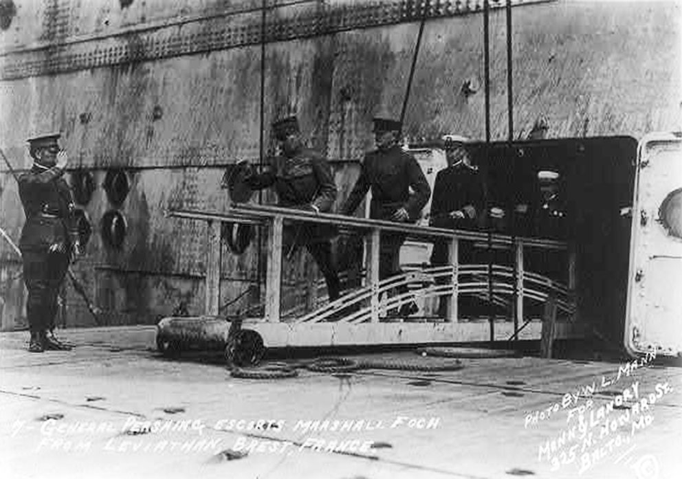 Click image for larger version.  Name:2.4.3. 15 7 General Pershing escorts Marshall Foch from LEVIATHAN, Brest, France.jpg Views:1 Size:132.2 KB ID:3668025