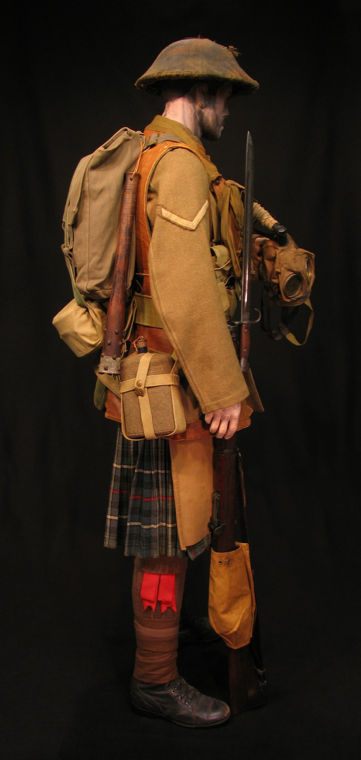 Click image for larger version.  Name:5-Seaforth Highland Infantry circa 1916-18 05R.jpg Views:5 Size:301.3 KB ID:770199