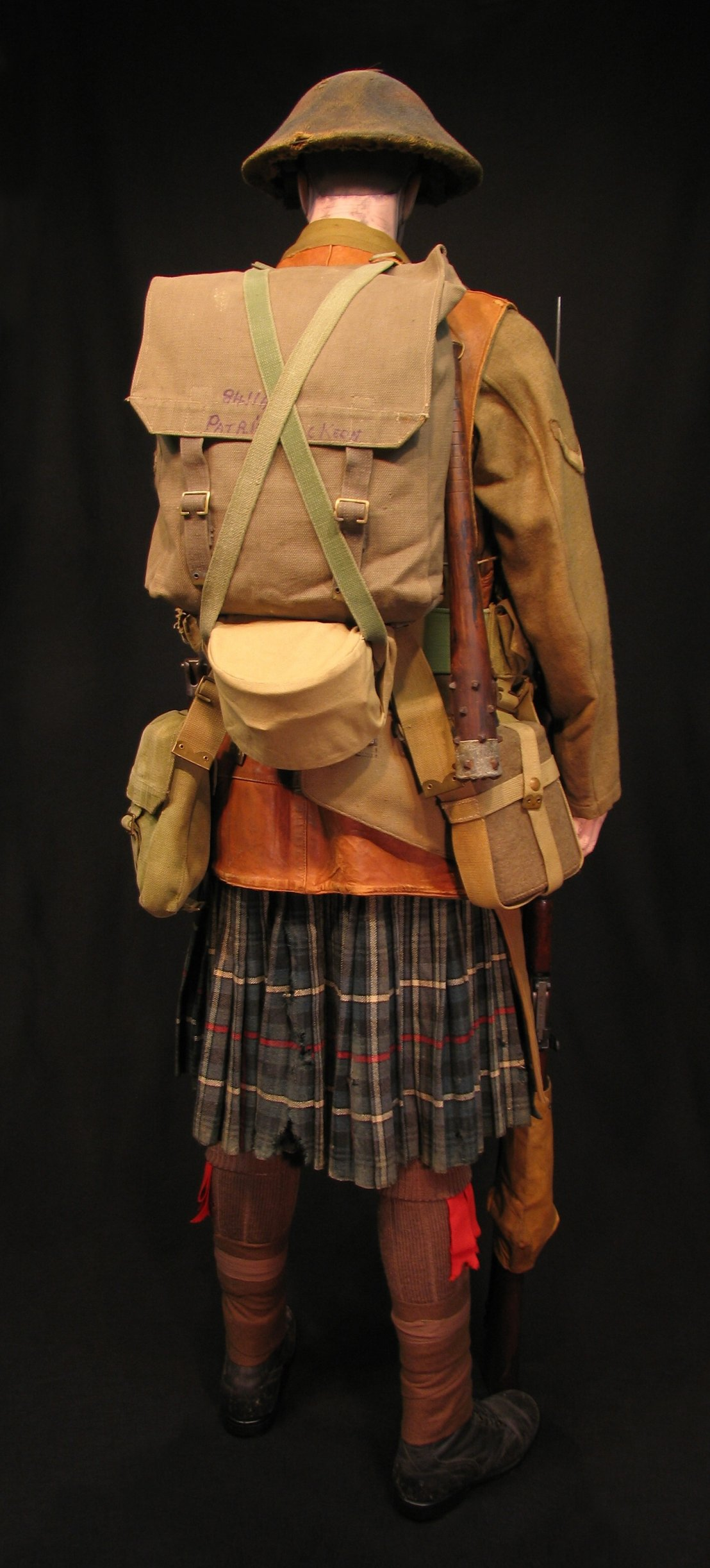Click image for larger version.  Name:7-Seaforth Highland Infantry circa 1916-18 07R.jpg Views:6 Size:303.8 KB ID:770201