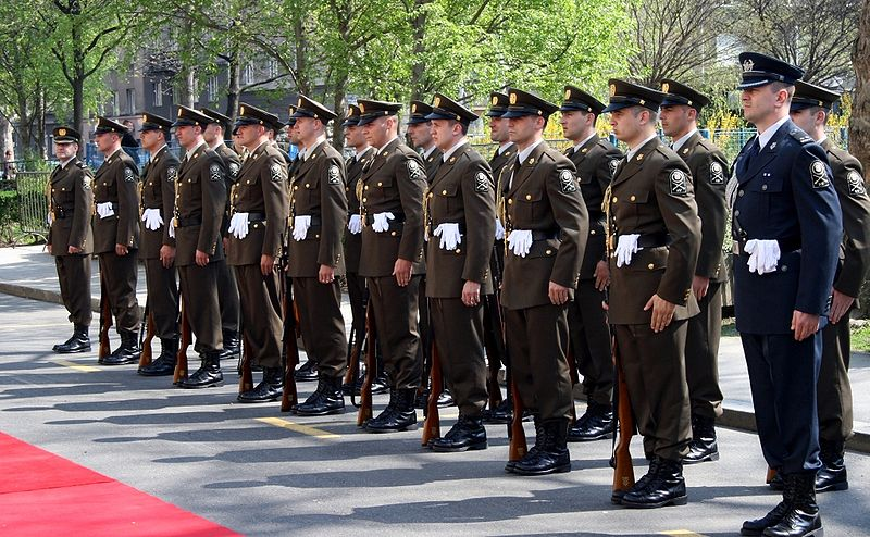Click image for larger version.  Name:800px-Svecanost_podizanja_NATOve_zastave_Zagreb_4[1].jpg Views:43 Size:127.2 KB ID:591834