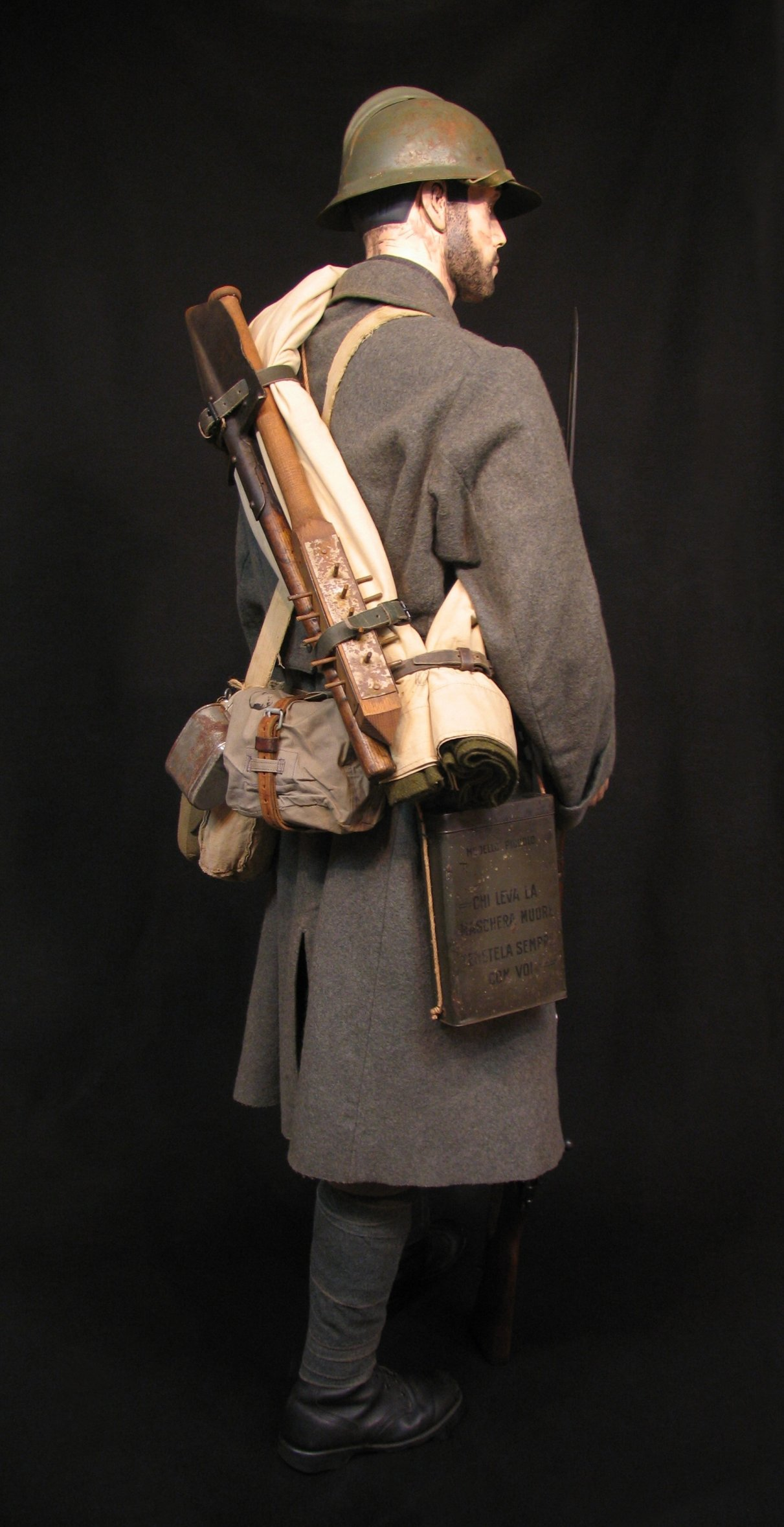 9-Italian Infantry - Winter c 1916-18 R9.jpg