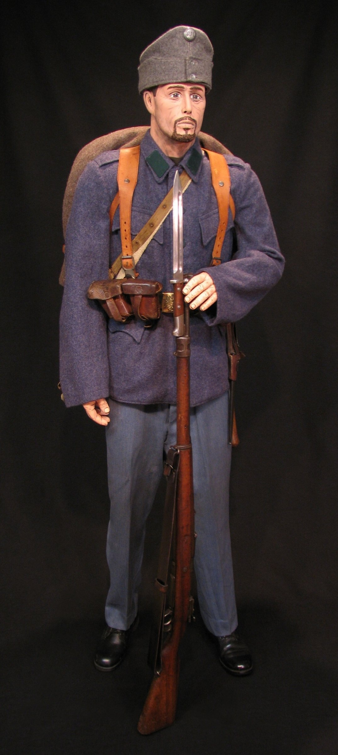 Click image for larger version.  Name:A-H Infantry Circa 1916 w M1912 Mauser 01R.jpg Views:8 Size:294.0 KB ID:651779