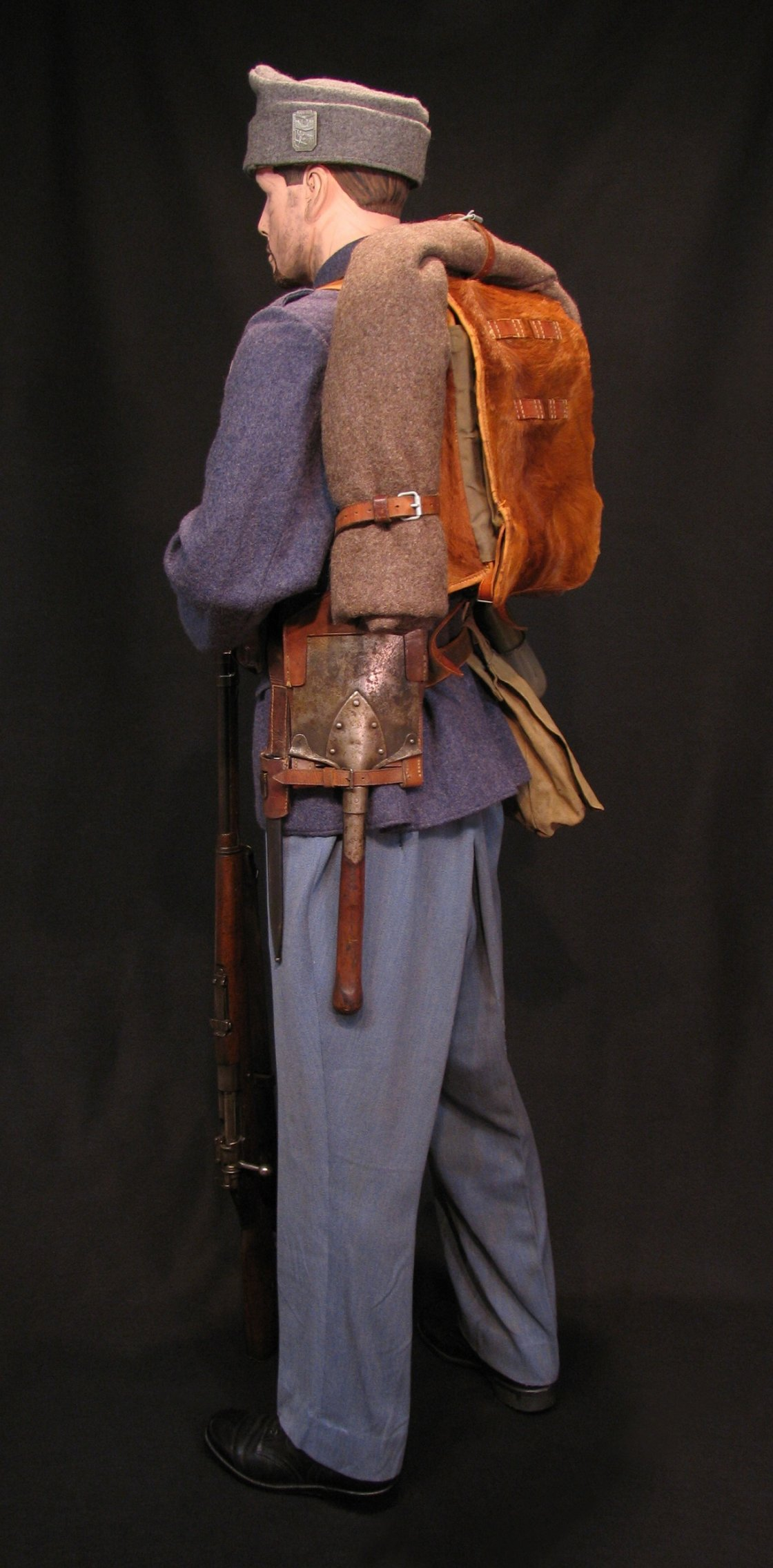 Click image for larger version.  Name:A-H Infantry Circa 1916 w M1912 Mauser 09R.jpg Views:8 Size:301.1 KB ID:651771