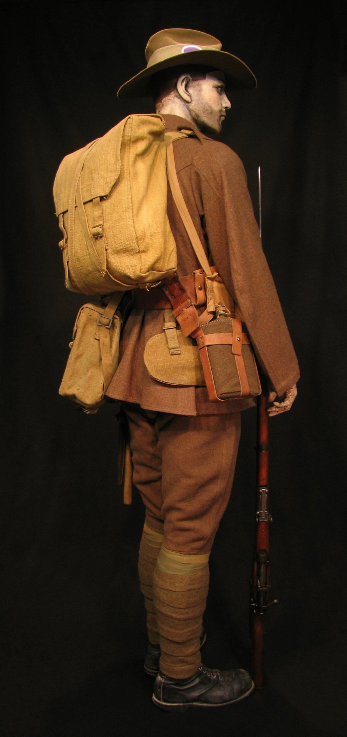Click image for larger version.  Name:ANZAC circa 1915 Display 05R.jpg Views:4 Size:301.6 KB ID:766556