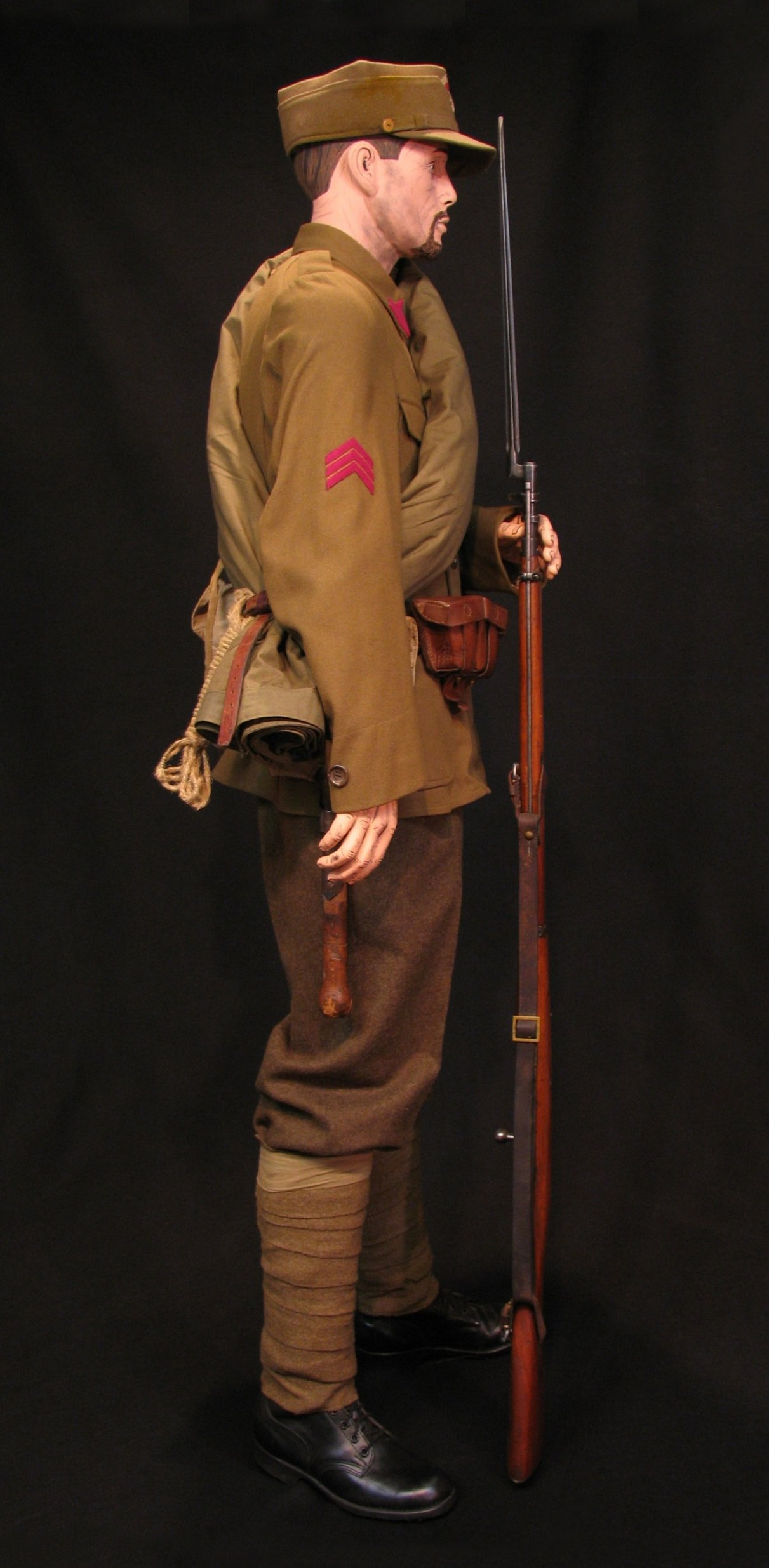 Click image for larger version.  Name:Czech Legion 6th Rifle Regt Display 03R.jpg Views:9 Size:292.6 KB ID:650224