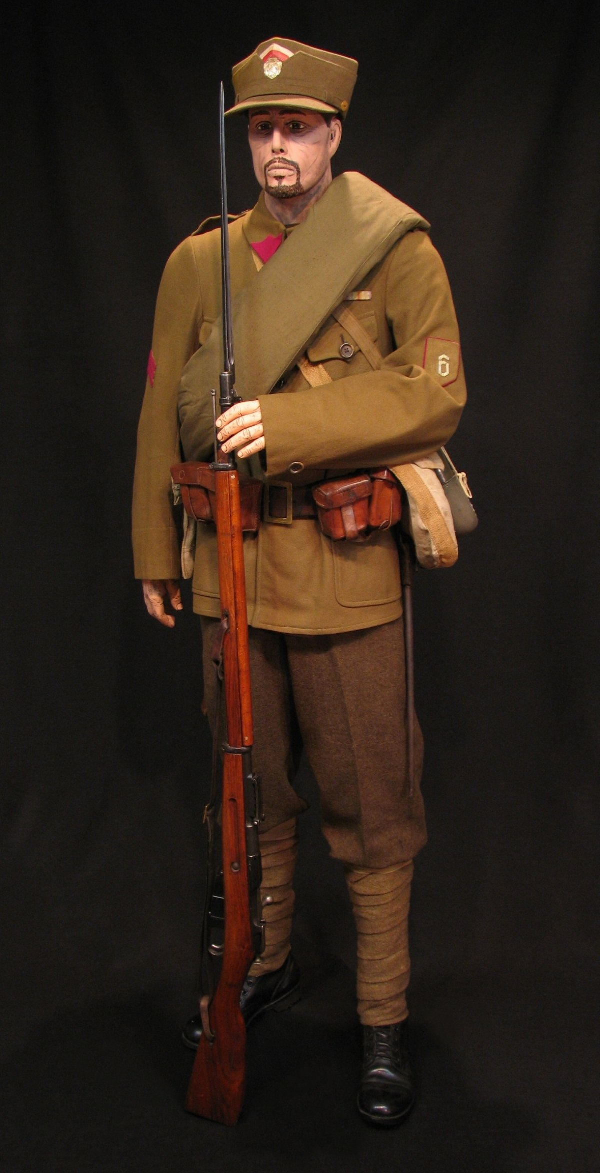 Click image for larger version.  Name:Czech Legion 6th Rifle Regt Display 12R.jpg Views:5 Size:297.2 KB ID:650209