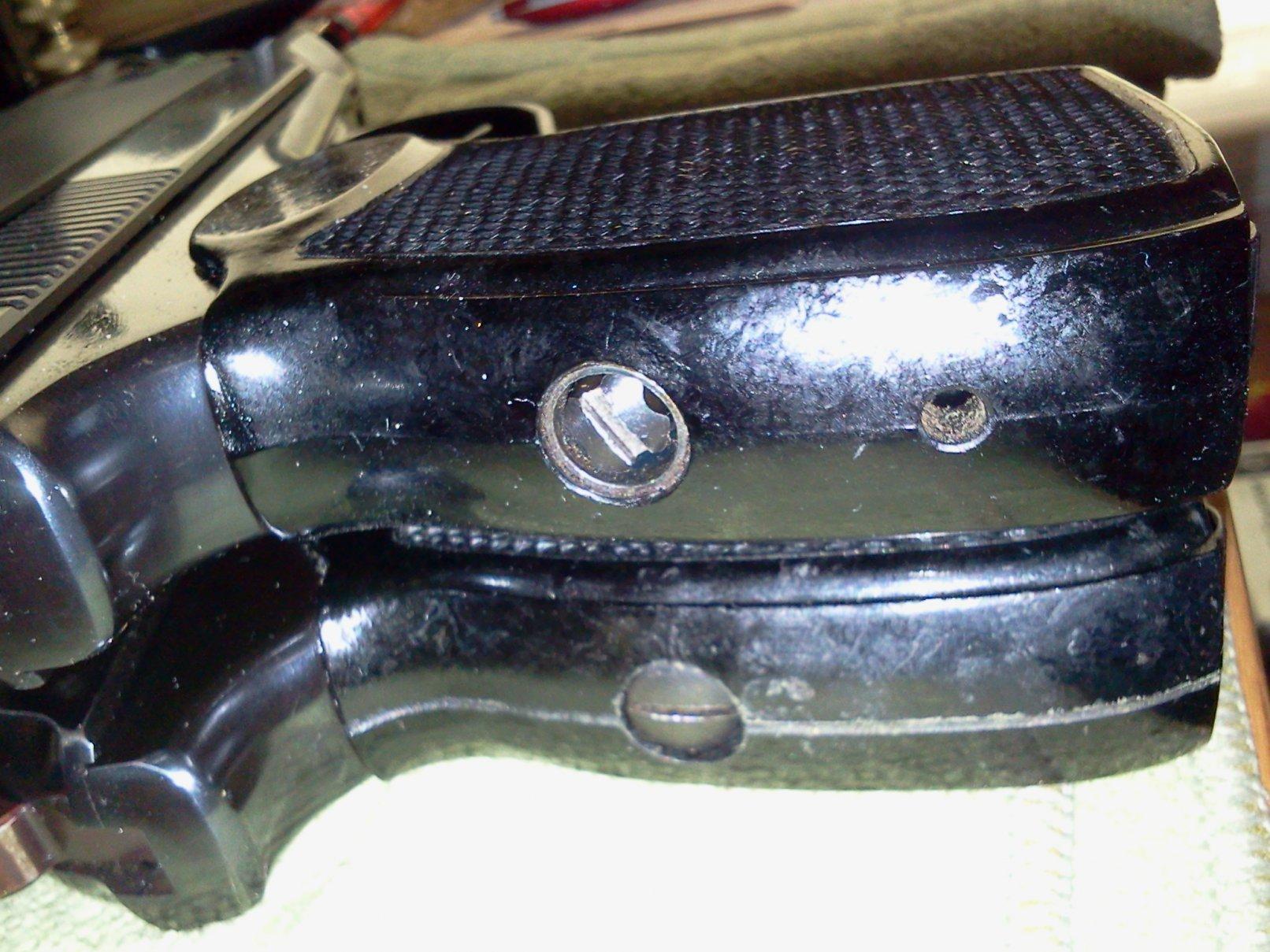 Click image for larger version.  Name:EG grip screws.jpg Views:18 Size:306.2 KB ID:2178906