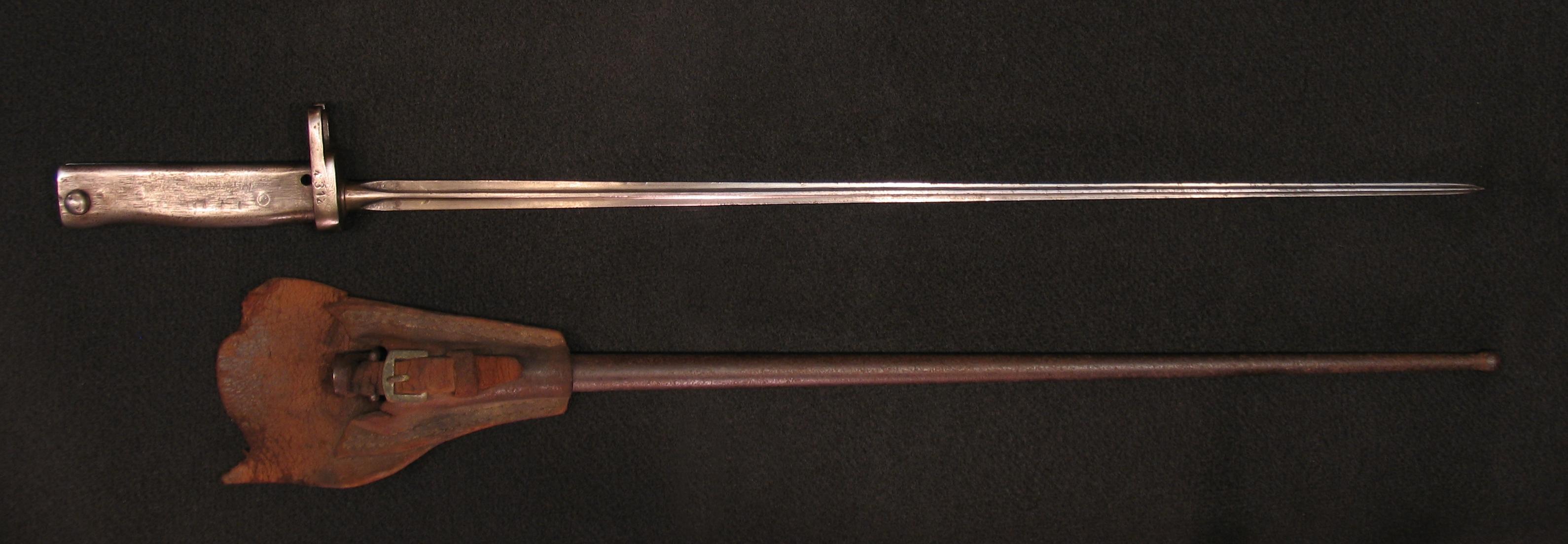 Click image for larger version.  Name:German ersatz Bayonets w Mle 86 Lebel Blade Detail 003.jpg Views:3 Size:2.00 MB ID:3667195