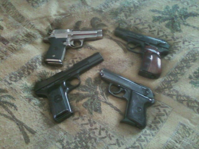 Click image for larger version.  Name:guns together.jpg Views:99 Size:72.5 KB ID:653689
